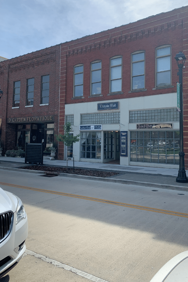 historic downtown sevierville stores and shops court avenue